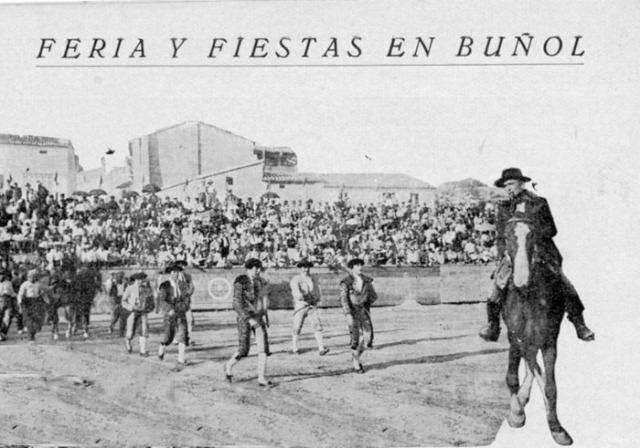 Paseillo de la Corrida de toros de 1928 en Buñol